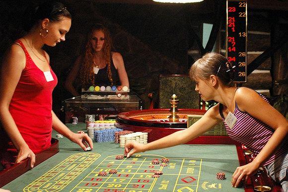 Как правильно играть и выигрывать в казино игровые-аппараты с 95 отдачей без регистраии и смс бесплатно